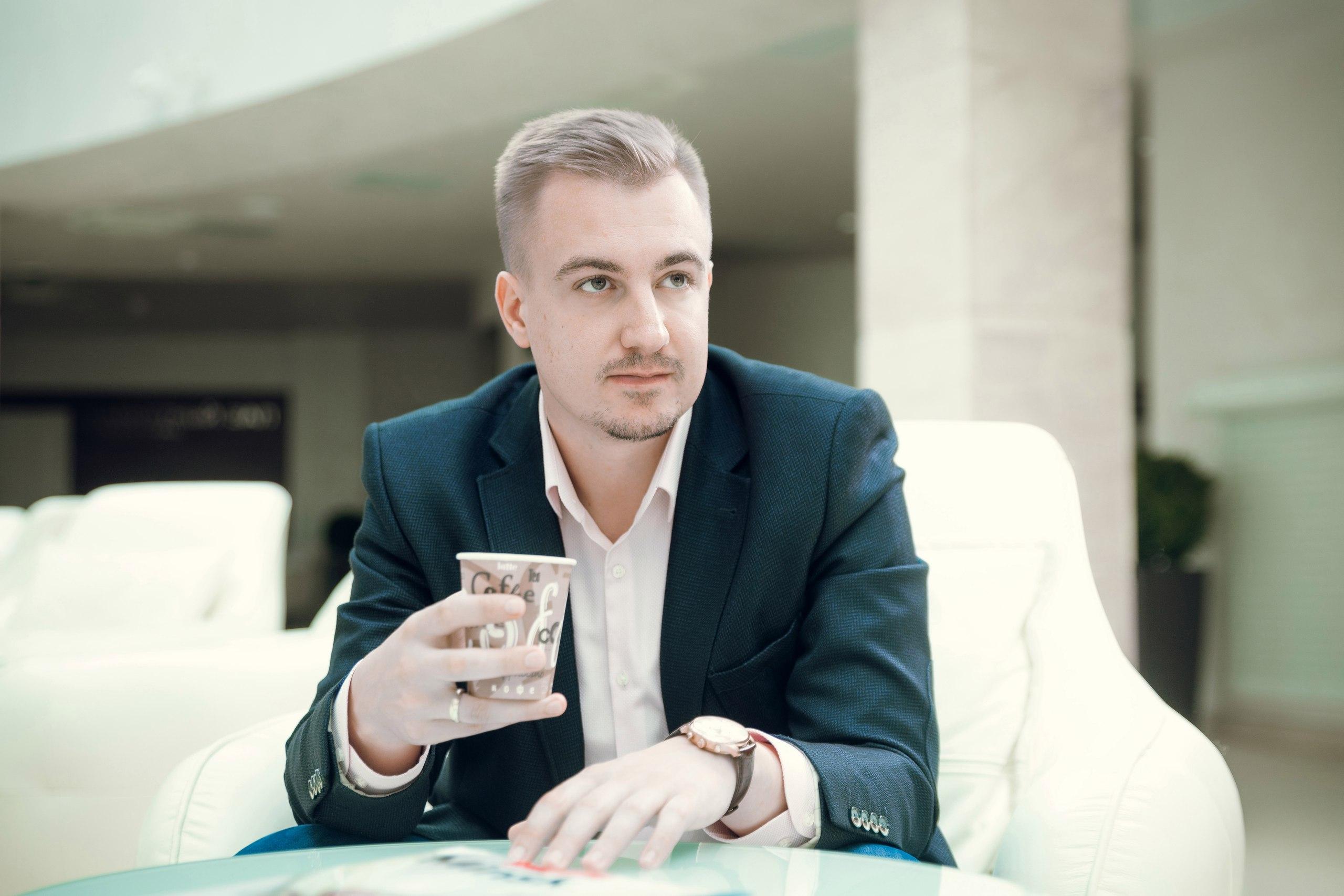 Андрей рассказал о съемках вирусной рекламы в Минске